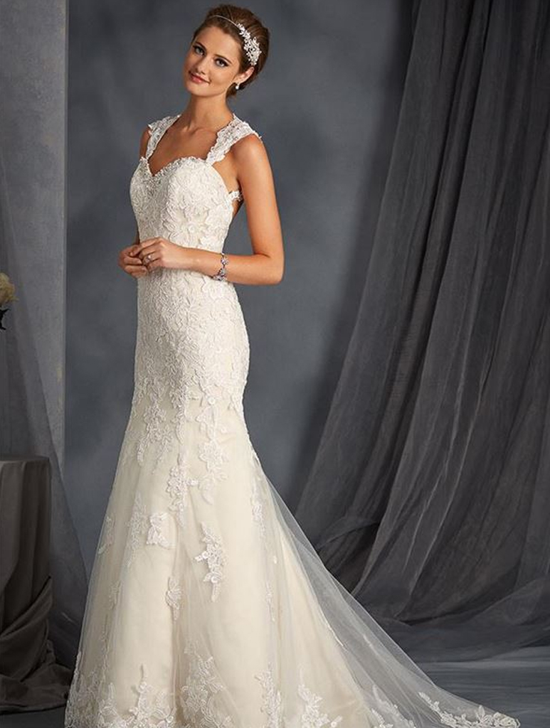Alfred angelo marlow wedding dress 2015 alfred angelo daytona gown ombrellifo Gallery