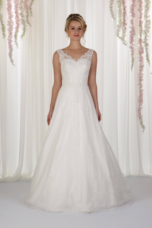 Richard designs chloe wedding dress bradgate brides richard designs catherine ombrellifo Image collections