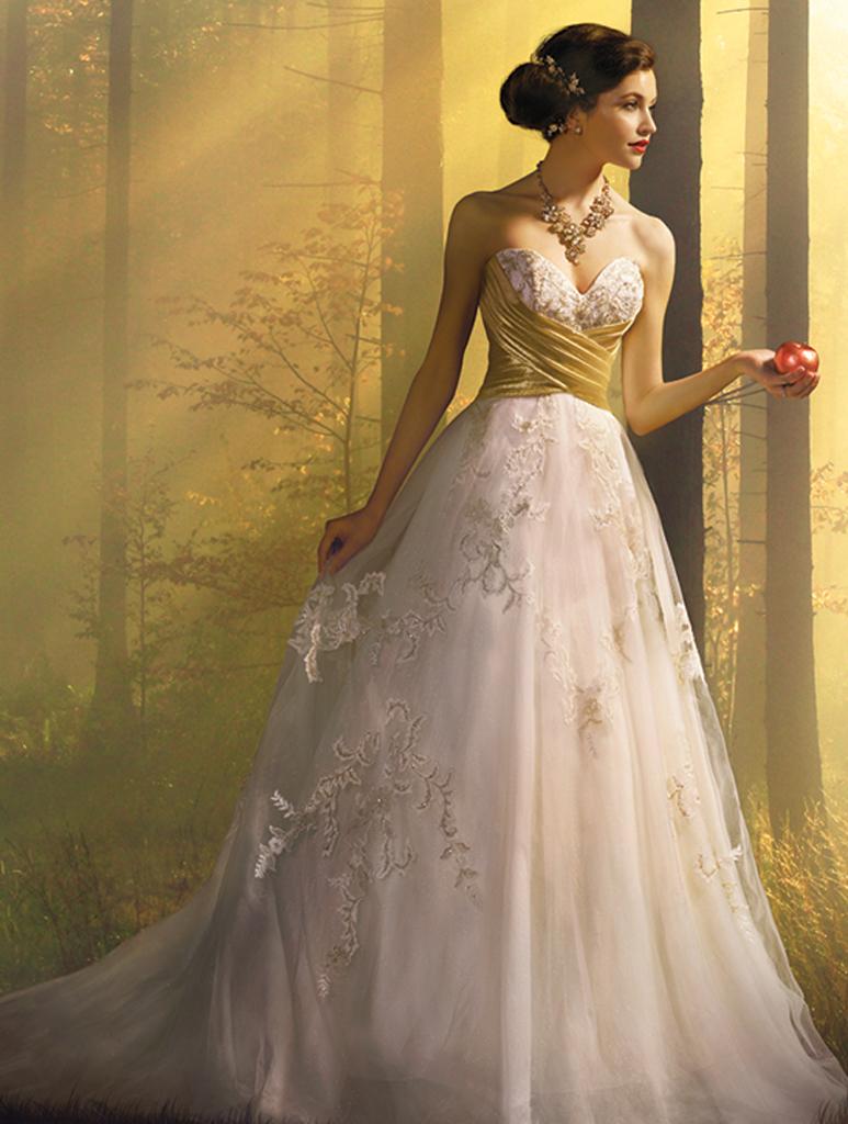 Disney Wedding Dress.Alfred Angelo Disney Snow White Gown